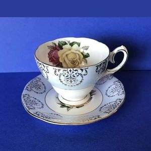 Queen Anne Footed Teacup & Saucer